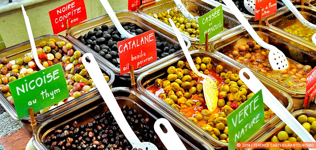 Olives at Céret Saturday markets, Céret, France. Copyright 2014 Terence Carter / Grantourismo. All Rights Reserved.