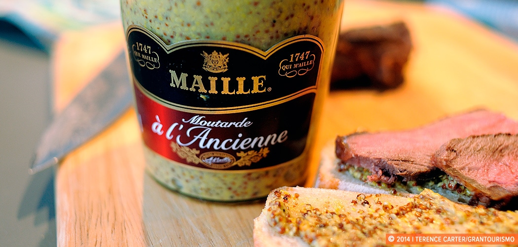 Maille Moutarde a l'Ancienne, Paris, France. Price Check: a Paris shopping list. Copyright 2014 Terence Carter / Grantourismo. All Rights Reserved.