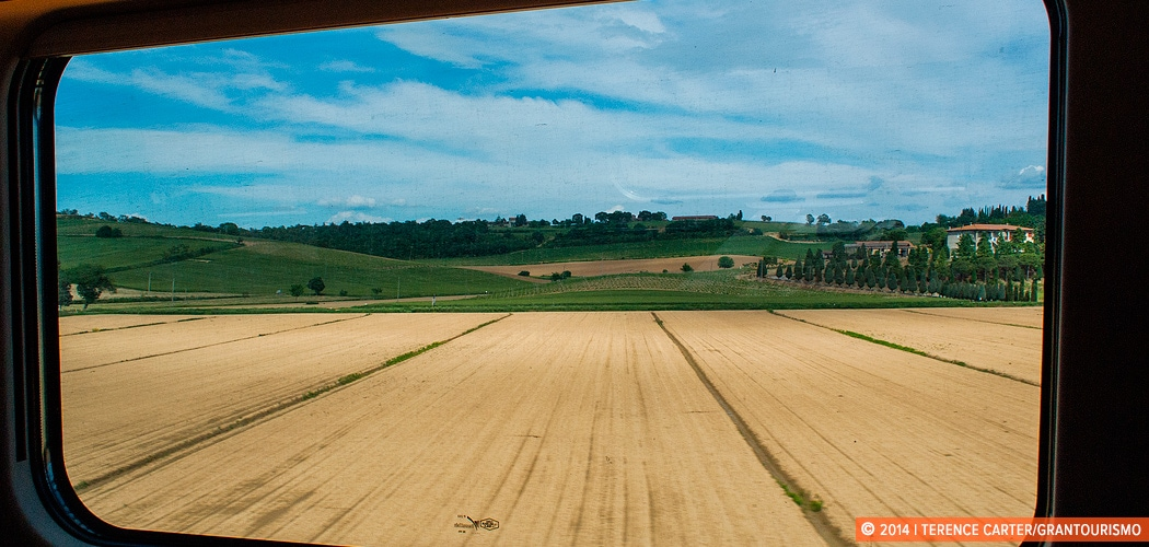 TrenItalia, Italy. Copyright 2014 Terence Carter / Grantourismo. All Rights Reserved. Train travel.
