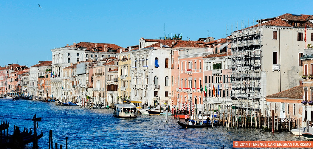 A timelapse of the Grand Canal in Venice, Italy. Copyright 2014 Terence Carter / Grantourismo. All Rights Reserved.