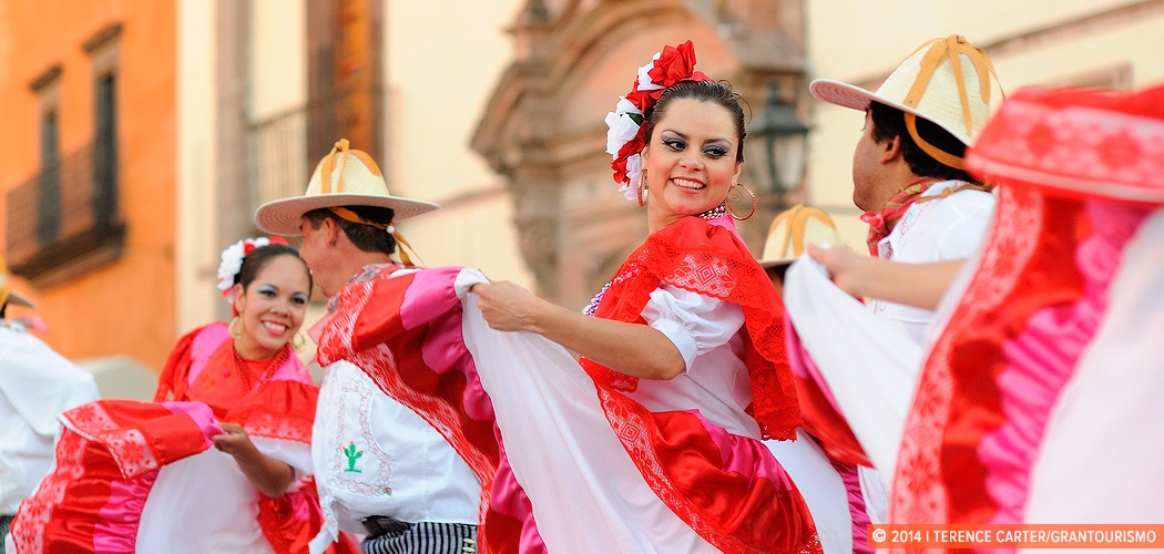 Folkloric dancing, San Miguel de Allende, Mexico. Copyright 2014 Terence Carter / Grantourismo. All Rights Reserved.