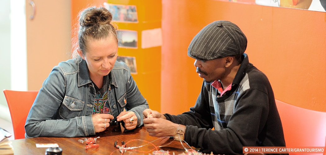 African Beading Lesson, Cape Town, South Africa. The Art of African Beading. Copyright 2014 Terence Carter / Grantourismo. All Rights Reserved.