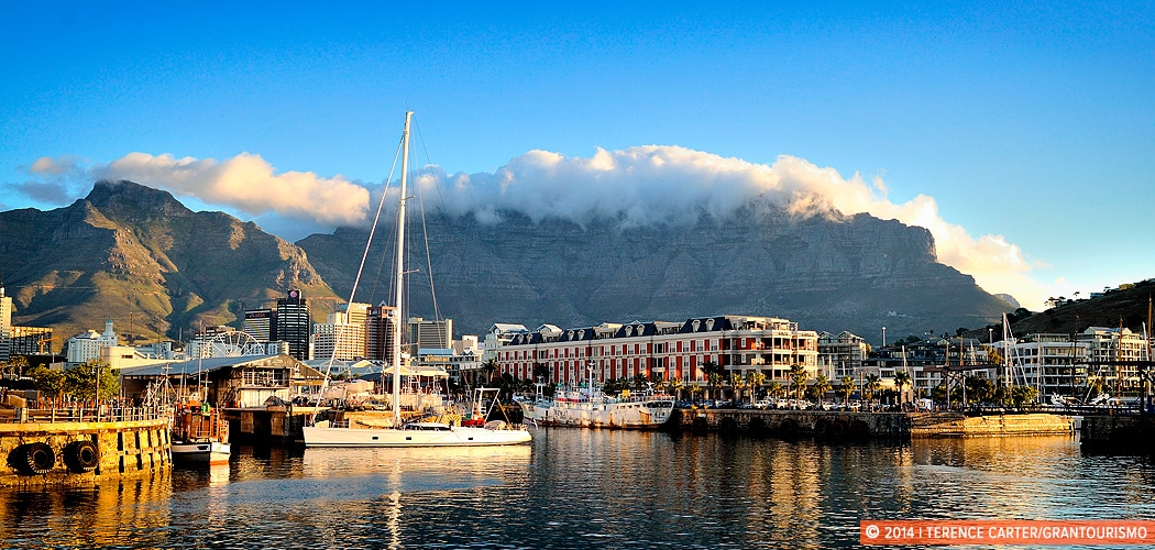 Table Mountain as seen from the V&A Waterfront, Cape Town, South Africa. Copyright 2014 Terence Carter / Grantourismo. All Rights Reserved.