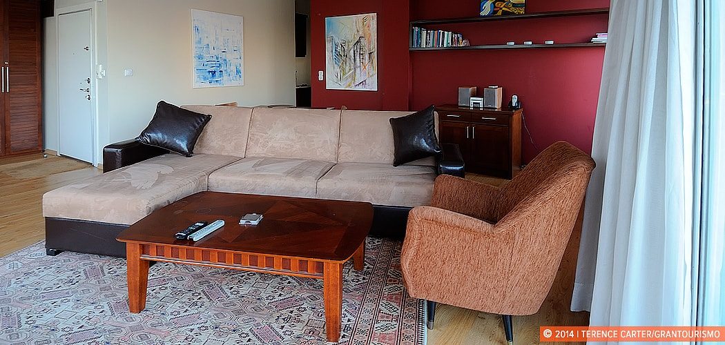 Istanbul Holiday Rental Apartment, Istanbul, Turkey. Copyright 2014 Terence Carter / Grantourismo. All Rights Reserved.