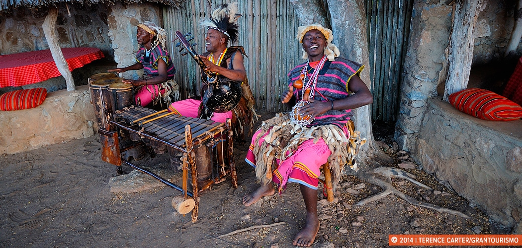 Sundowners at Sarova Salt Lick Game Lodge, Tsavo West, Kenya. Copyright 2014 Terence Carter / Grantourismo. All Rights Reserved. Sundowners at Salt Lick
