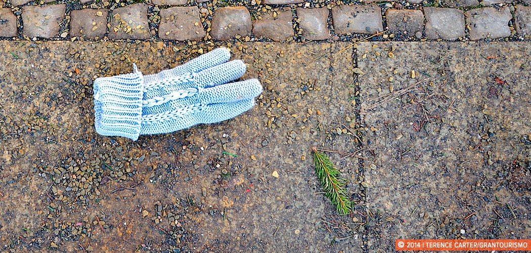 A single winter glove, Berlin, Germany. Copyright 2014 Terence Carter / Grantourismo. All Rights Reserved.