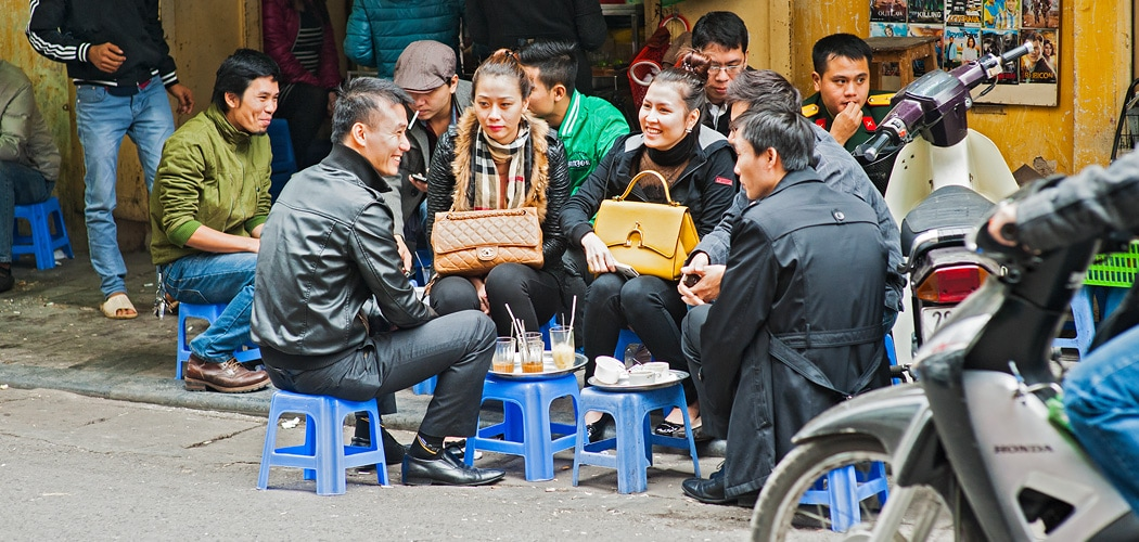 Café life, Hanoi Old Town, Vietnam. Copyright © 2016 Terence Carter / Grantourismo. All Rights Reserved. Food Street, Tong Duy Tan – Karaoke Like Clockwork at our Hanoi Home.