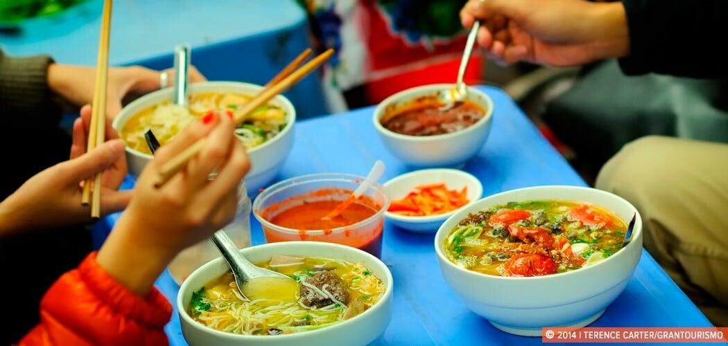 Street Food in Hanoi old town, Hanoi, Vietnam