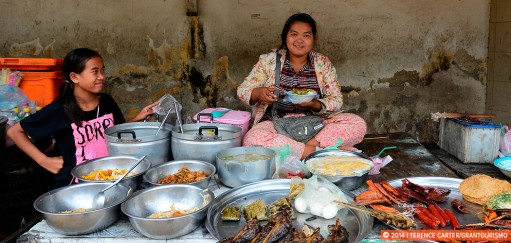 Footpath Feasting: How to Eat Safely in Cambodia