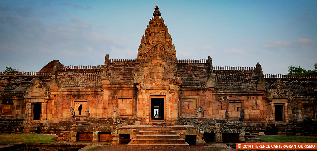 Temple of Prasat Phanom Rung, Isaan, Thailand. Copyright 2014 Terence Carter / Grantourismo. All Rights Reserved.