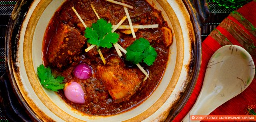 Best curry recipes. Gaeng Hang Lay Moo. Copyright 2014 Terence Carter / Grantourismo. All Rights Reserved.