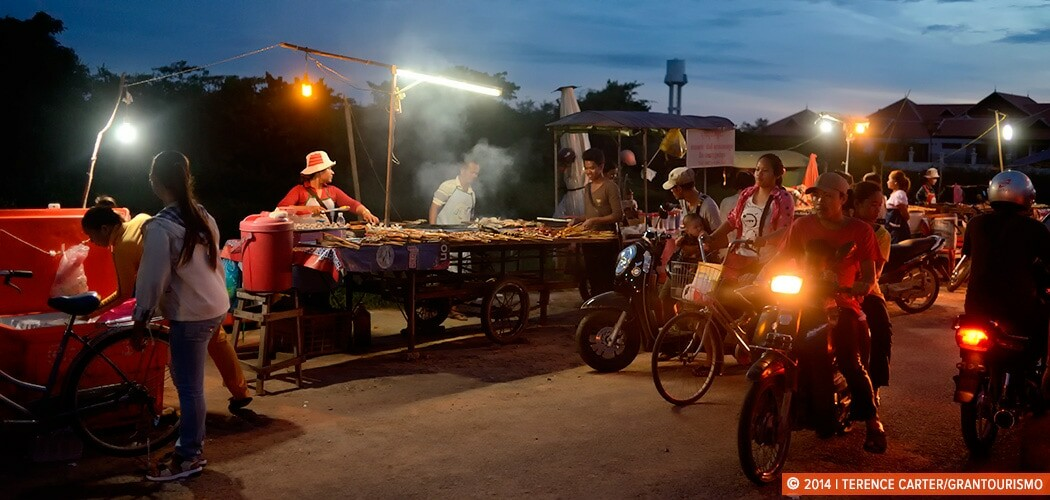 Siem Reap Street Food Tour, Cambodia. Copyright 2014 Terence Carter / Grantourismo. All Rights Reserved.