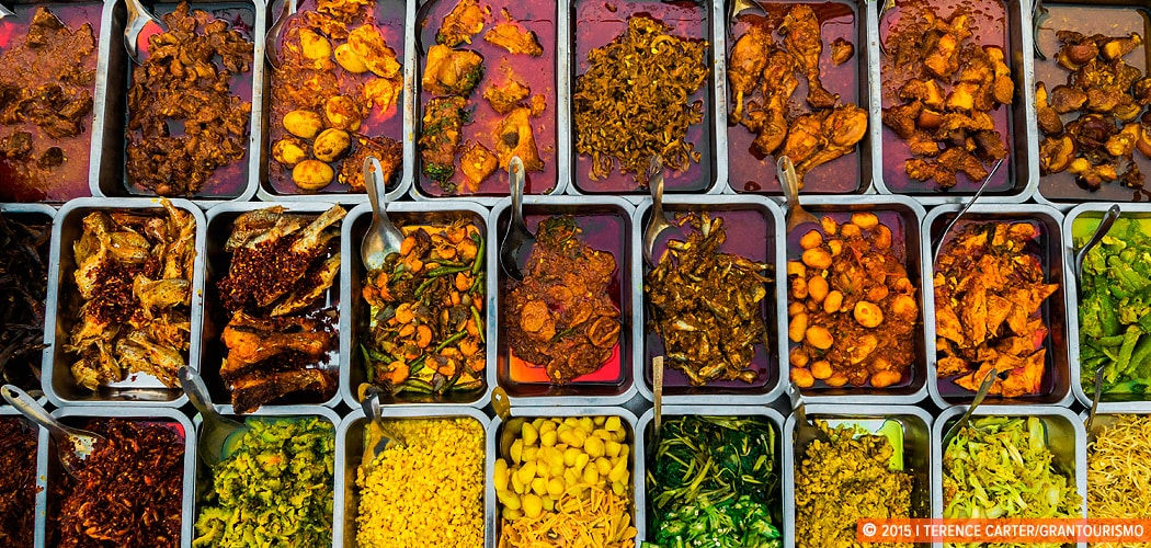 Street food stall, Yangon, Myanmar. Copyright 2015 Terence Carter / Grantourismo. All Rights Reserved. Burmese cuisine