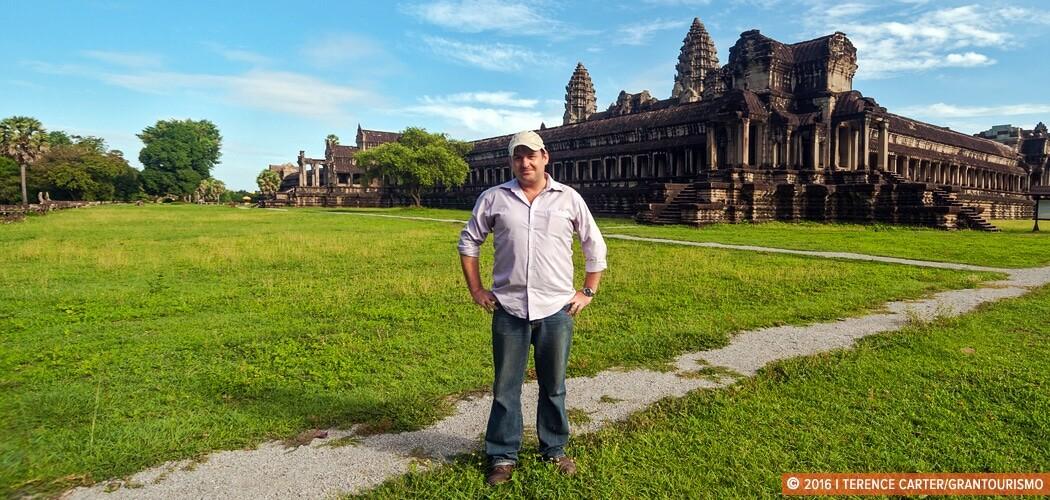 Dr Damian Evans at Angkor Wat, Siem Reap, Cambodia. Copyright 20