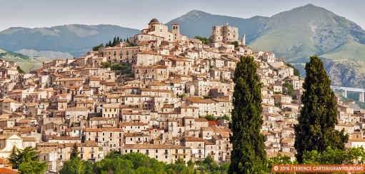 Hilltop Towns of Calabria – Atmospheric Mountain Villages to Explore