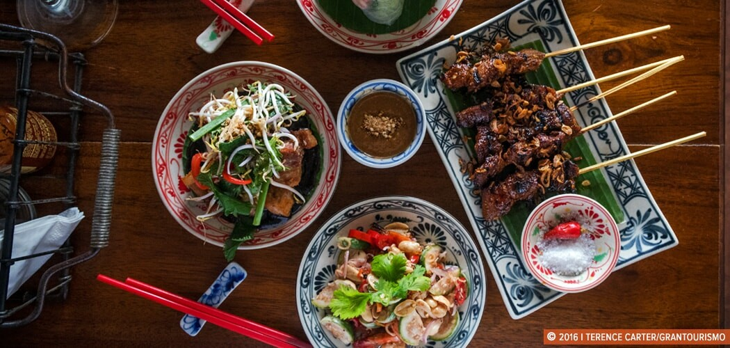 Our Guide to Eating and Drinking in Seminyak, Bali. Copyright 2016 Terence Carter / Grantourismo.
