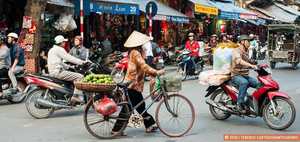 hanoi-old-town-vietnam-copyright-2016-terence-carter-grantourismo