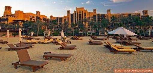 Best Dubai Beach Resorts – from Luxury Seaside Hotels to Romantic Retreats