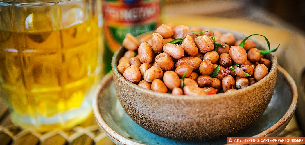 Traditional roasted spicy peanuts recipe. Copyright 2017 Terence Carter / Grantourismo. All Rights Reserved.