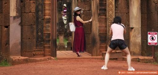 Should Selfie Sticks Be Banned at Angkor Wat?