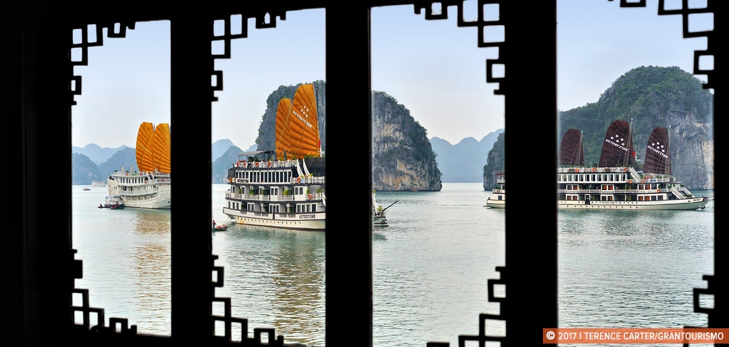 Halong Bay cruise boats, Halong Bay, Vietnam. Copyright 2017 Terence Carter / Grantourismo. All Rights Reserved. best Halong bay cruise boats