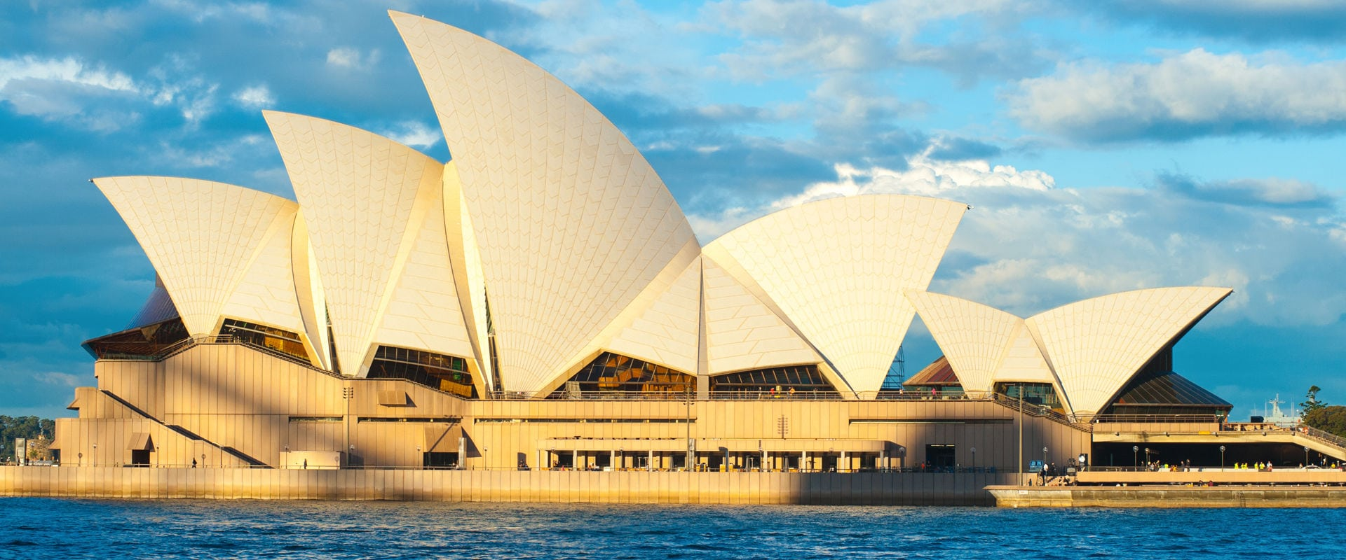The Grantourismo Travels Guide to Sydney, Australia. Copyright © 2017 Terence Carter / Grantourismo. All Rights Reserved.