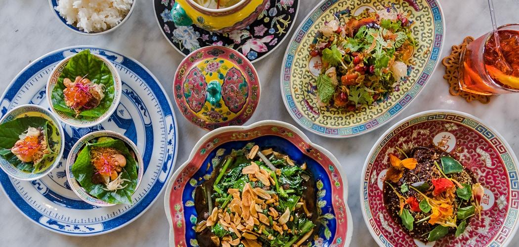 Best George Town Penang Restaurants. Kebaya Dining Room, Penang. Copyright © 2017 Terence Carter / Grantourismo. All Rights Reserved. Best Restaurants in Penang.