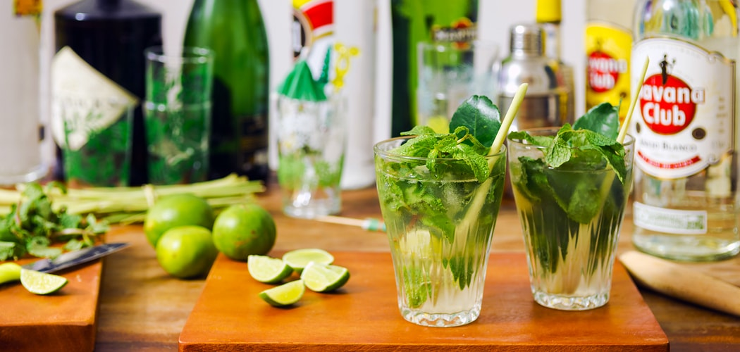 Cuban mojito cocktail recipe. Copyright © 2017 Terence Carter / Grantourismo. All Rights Reserved.