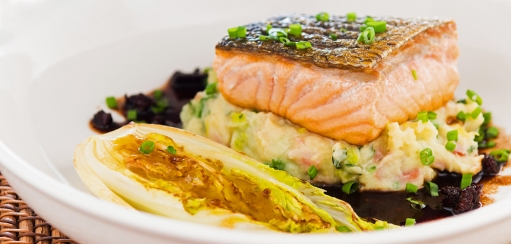 Salmon Fillet with Colcannon Recipe and How to Get a Perfect Crispy Fish Skin