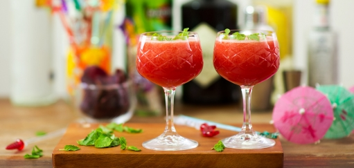 Watermelon Mint Cooler Recipe – A Refreshing Cocktail For a Warm Day