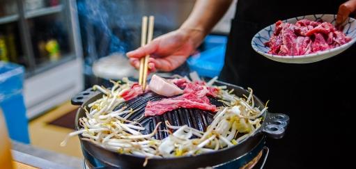 Japanese Food in Tokyo – Motsuyaki, Yakitori and Yakiniku are What You Need to Eat