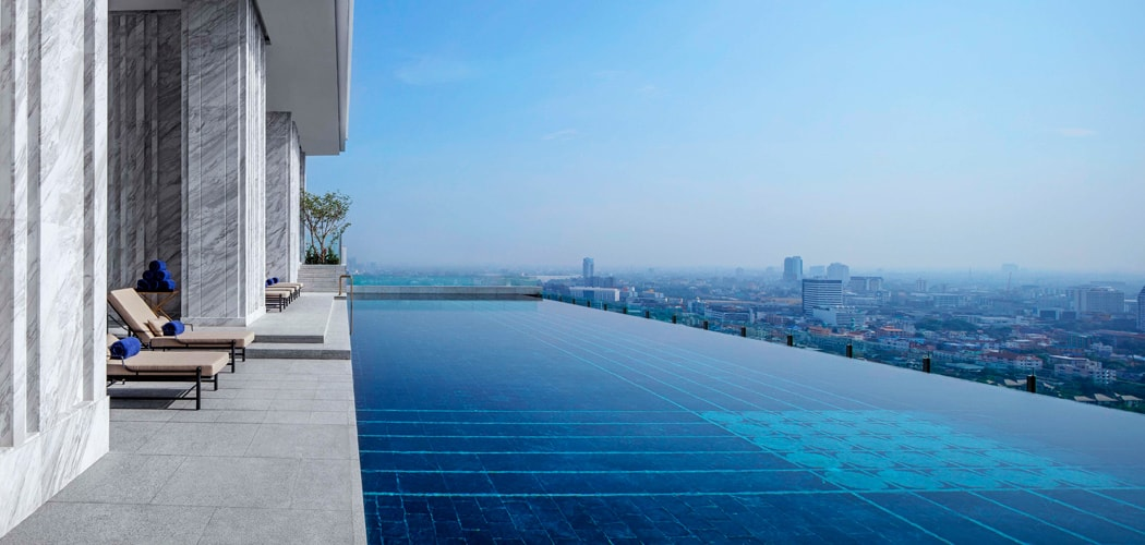 Swimming Pool on Level 27 at 137 Pillars Bangkok. Best Bangkok Hotel Swimming Pools.