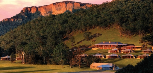 Most Beautiful Blue Mountains Accommodation – from Luxury Lodges to Grand Hotels