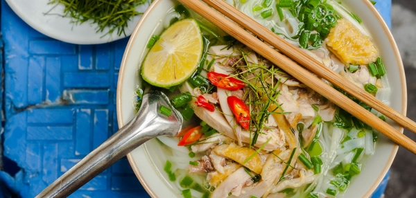 Welcome to the new Grantourismo. Pho Ga, (chicken noodle soup), Hanoi, Vietnam. Copyright © 2019 Terence Carter / Grantourismo. All Rights Reserved.