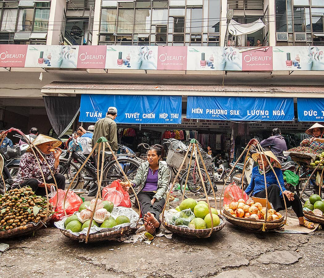 Street Market in Hanoi, Vietnam. Copyright © 2019 Terence Carter / Grantourismo. All Rights Reserved. Vietnam 2019 Cuisine and Culture Tour.
