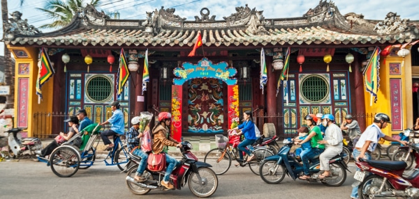 One Day in Hoi An Itinerary for a Perfect Day in the Enchanting Port Town. The streets of Hoi An, Vietnam, during Tet celebrations. Copyright © 2019 Terence Carter / Grantourismo. All Rights Reserved. One Day in Hoi An Itinerary.