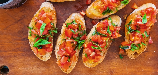 Classic Tomato and Basil Bruschetta Recipe. Copyright © 2019 Terence Carter / Grantourismo. All Rights Reserved.