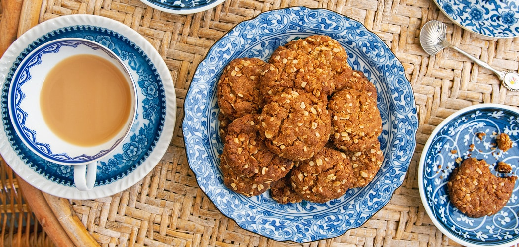 Classic Anzac Biscuits Recipe Close to the 1933 Country Women's Association Recipe. Copyright © 2019 Terence Carter / Grantourismo. All Rights Reserved.