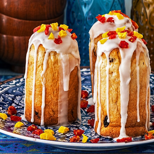 Russian Easter Cake Recipe for Kulich. Copyright © 2021 Terence Carter / Grantourismo. All Rights Reserved.